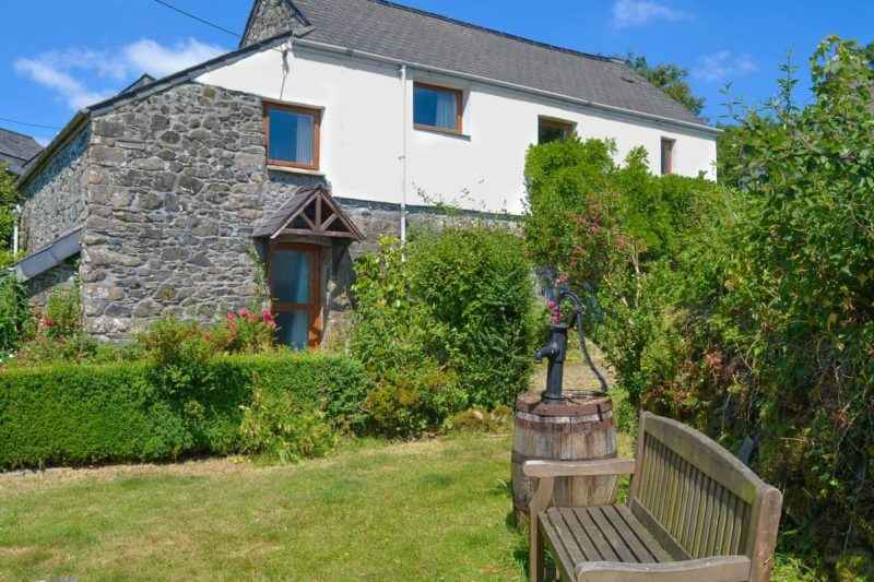 Charming holiday home | Moorview Cottage, Cudlipptown, near Tavistock