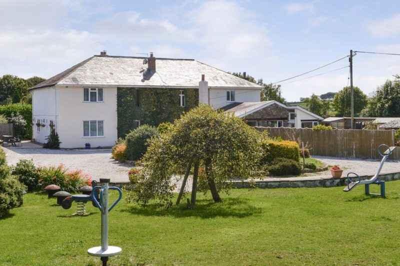 Beautiful holiday home | Alminstone House, Woolsery, near Bideford