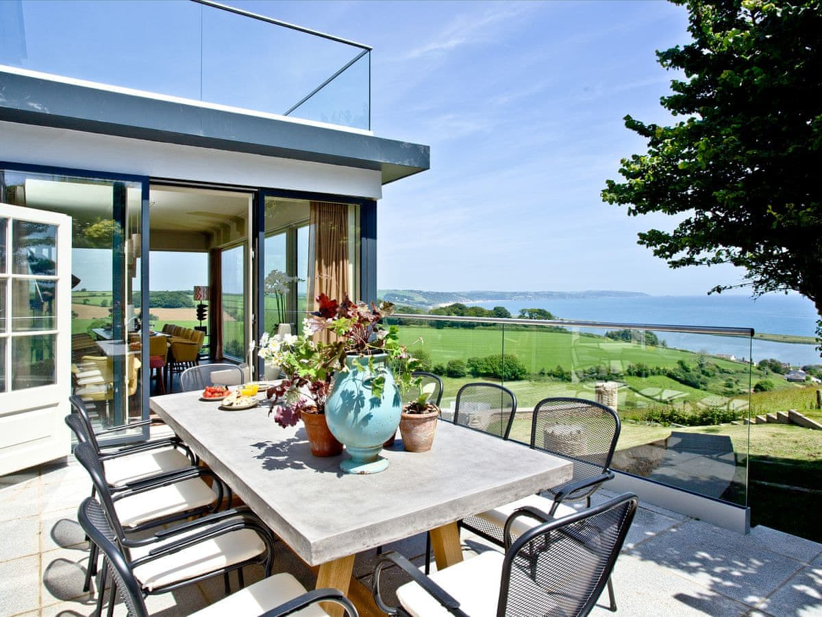 Devon Holiday Cottage with a sea view