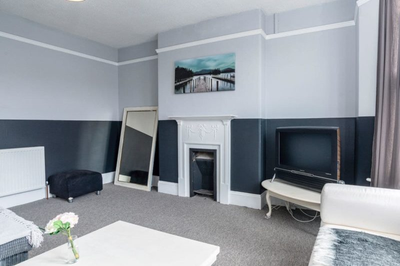 Light and airy living room   Preston Sands Apartment, Paignton