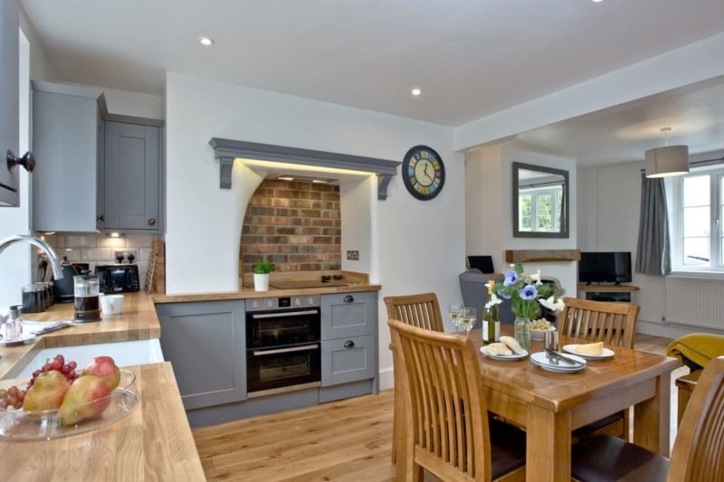 Kitchen and dining area | 2 Skaigh View Cottages, Sticklepath, near Okehampton
