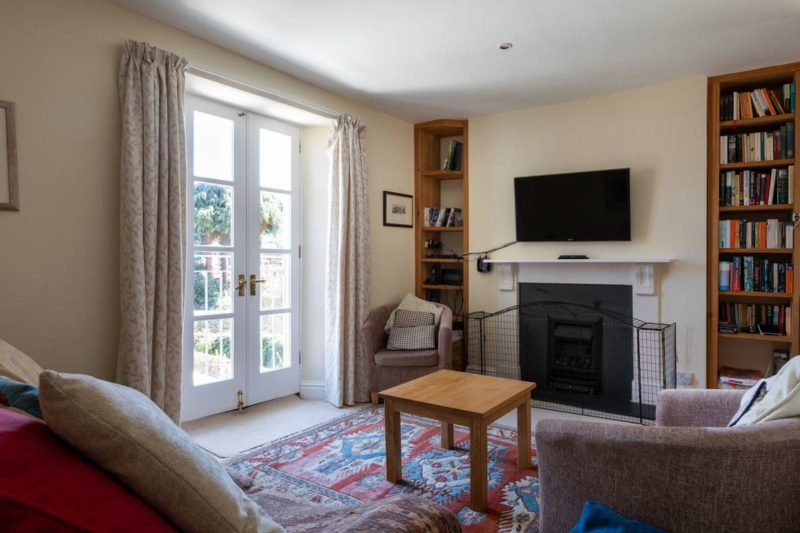 Comfortable living room   Courtenay Street 5, Salcombe