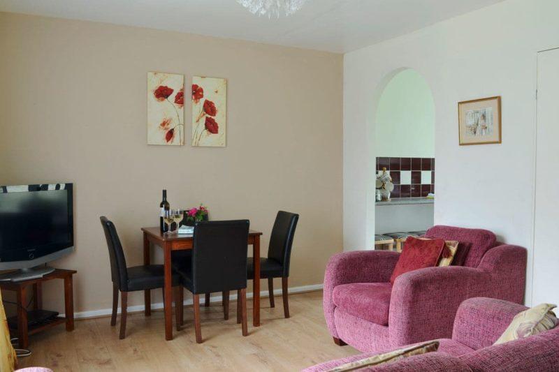 Living room/dining room | Lenwood Country Club, Bideford