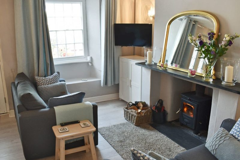 Beautifully decorated living room | Devon Square, Kingsbridge