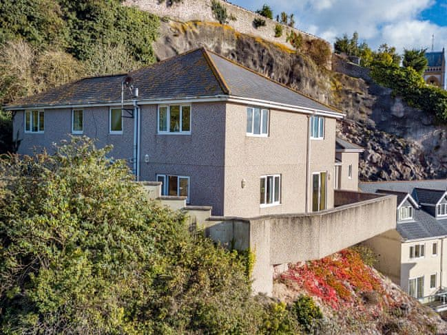 Coastal four bedroom holiday home | Cliff House, Cliff House, Torquay
