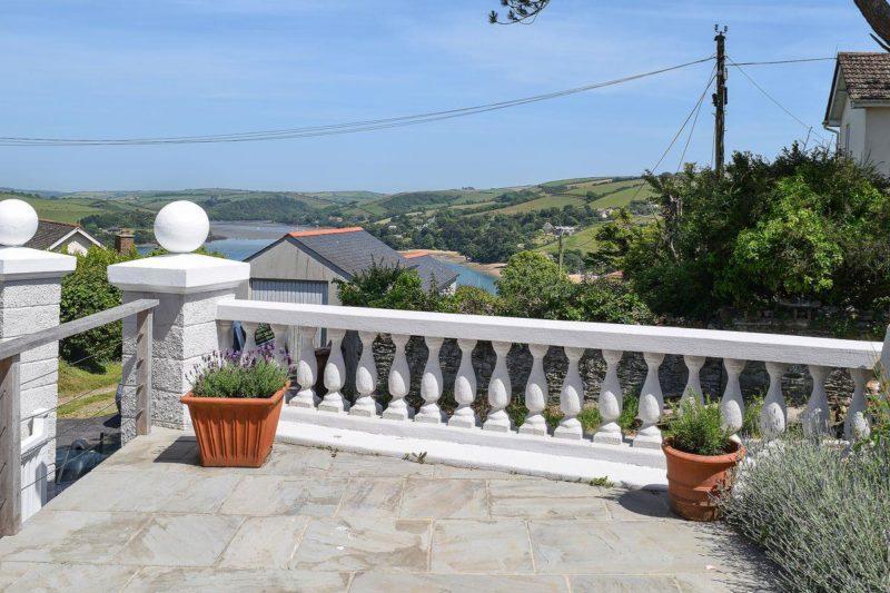 Lovely sunny terrace | Weald, Salcombe