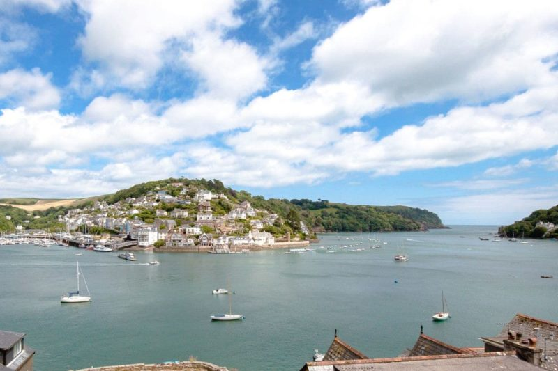 Charming property with wonderful views over the river to Kingswear and out to sea   Nelson Steps 3, Dartmouth