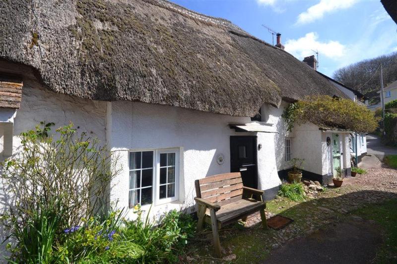 Brook Cottage exterior