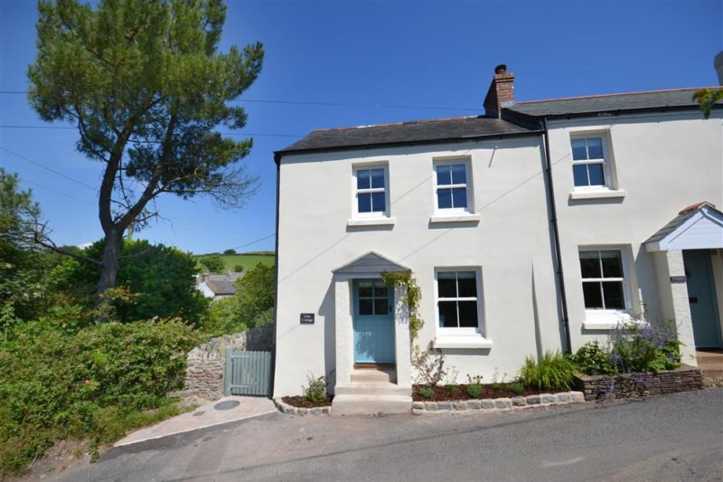 Stunning Lilac Cottage beautifully presented inside and out.