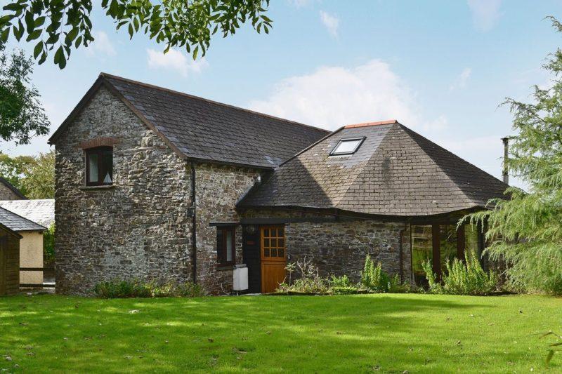 Exterior   Oak Cottage, Woolsery, nr. Bideford