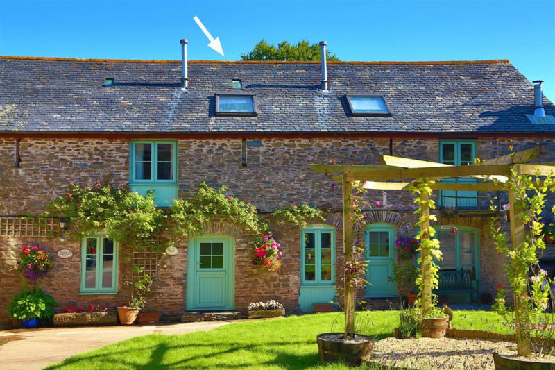 Acorn Cottage in beautiful Buckland Court.