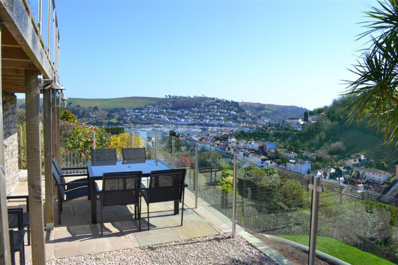 Welcome to Driftwood in Dartmouth and enjoy the stunning views across Dartmouth and the River Dart.