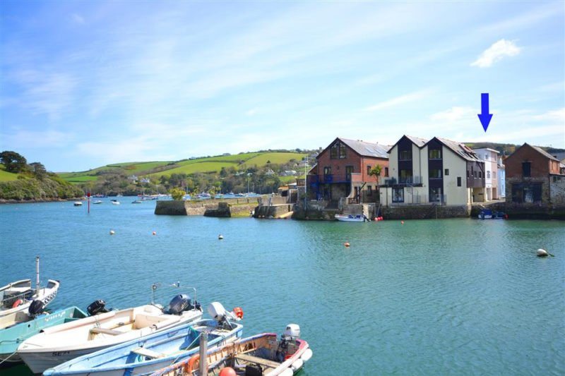 3 Waters Edge by the waterfront in the heart of Salcombe