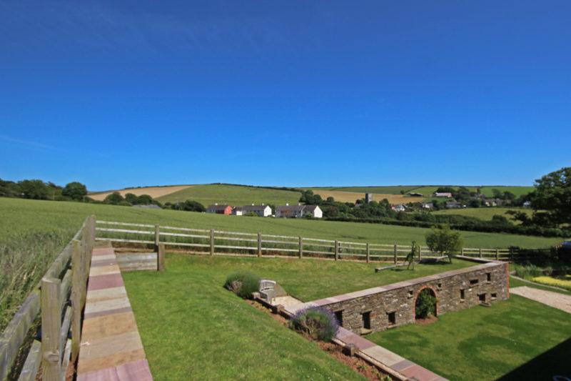 Higher Hill Barn Holiday Cottage in Devon